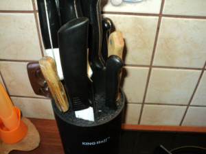 Blok z nożami
