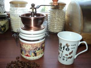 Młynek do kawy KH-9938