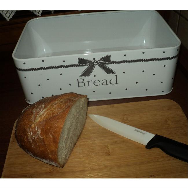 chlebak kokardka z deską chleb